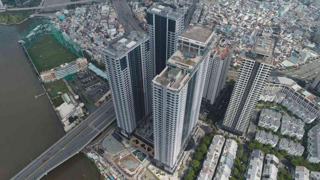 Hình chụp thực tế dự án căn hộ Sunwah Pearl tháng 6-2020